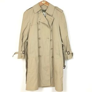 36 S - Tan Vintage London Fog Maincoat